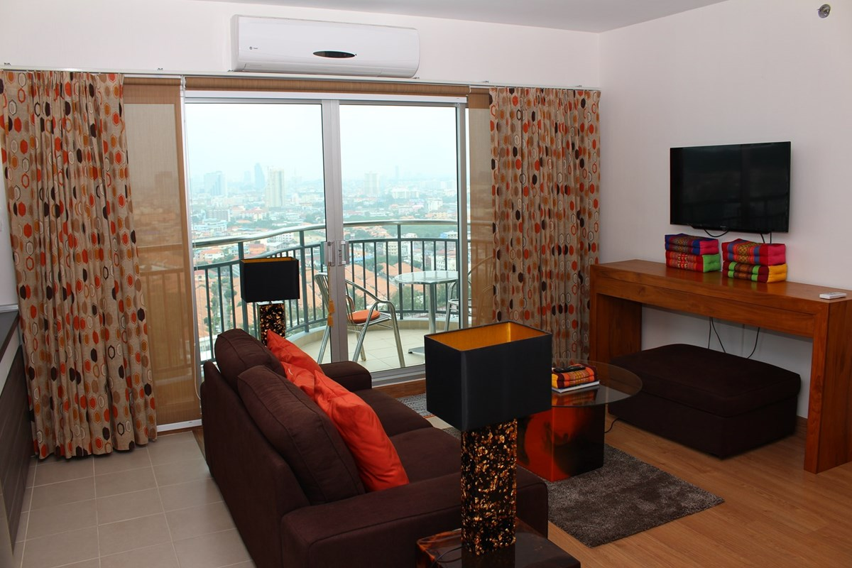 supalai-mare-2-bedroom-condo-for-rent-a